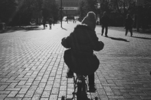 girl_bike.jpg